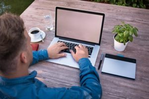 reparar MacBook Air en Linea de la Concepción